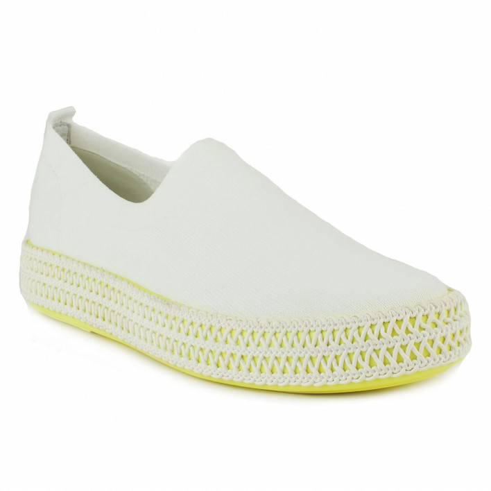what for slip-on blanc